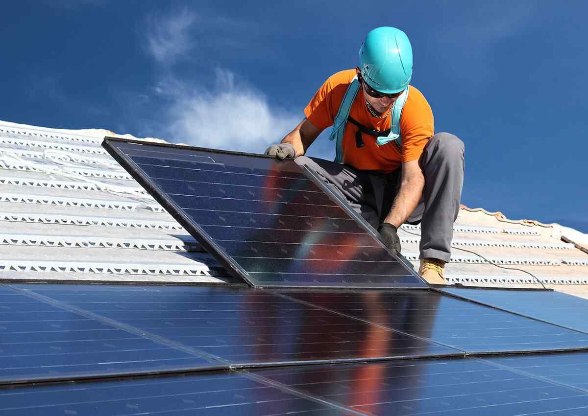 https://solarpanelsseattle.site/wp-content/uploads/2018/10/inner_professionals_04.jpg